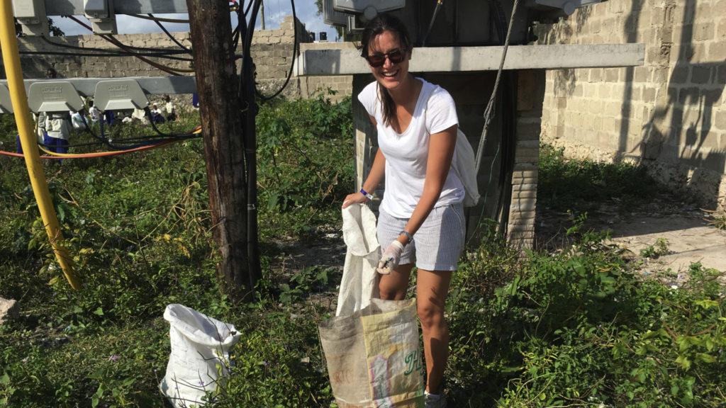 Clean Up Sansibar Ozeankind (Foto: Sabina Schneider)
